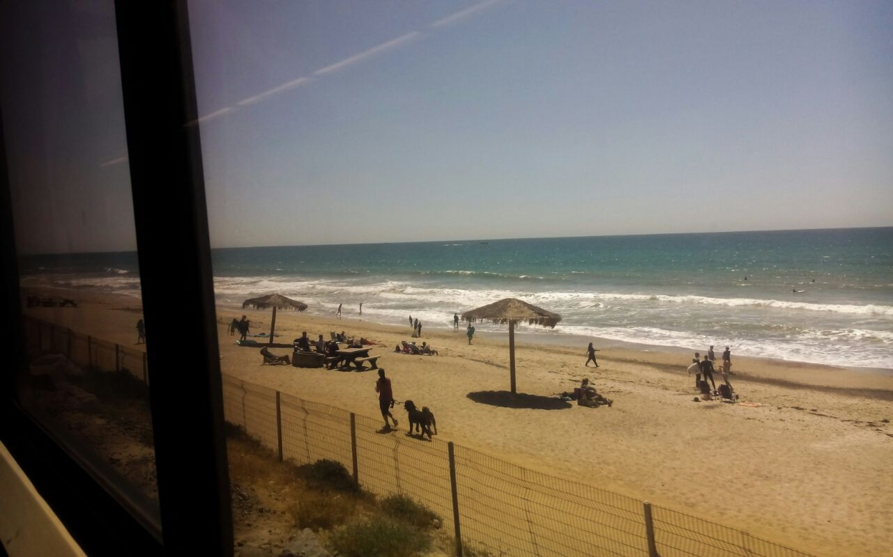 Von LA nach San Diego fahren wir direkt am Strand entlang.